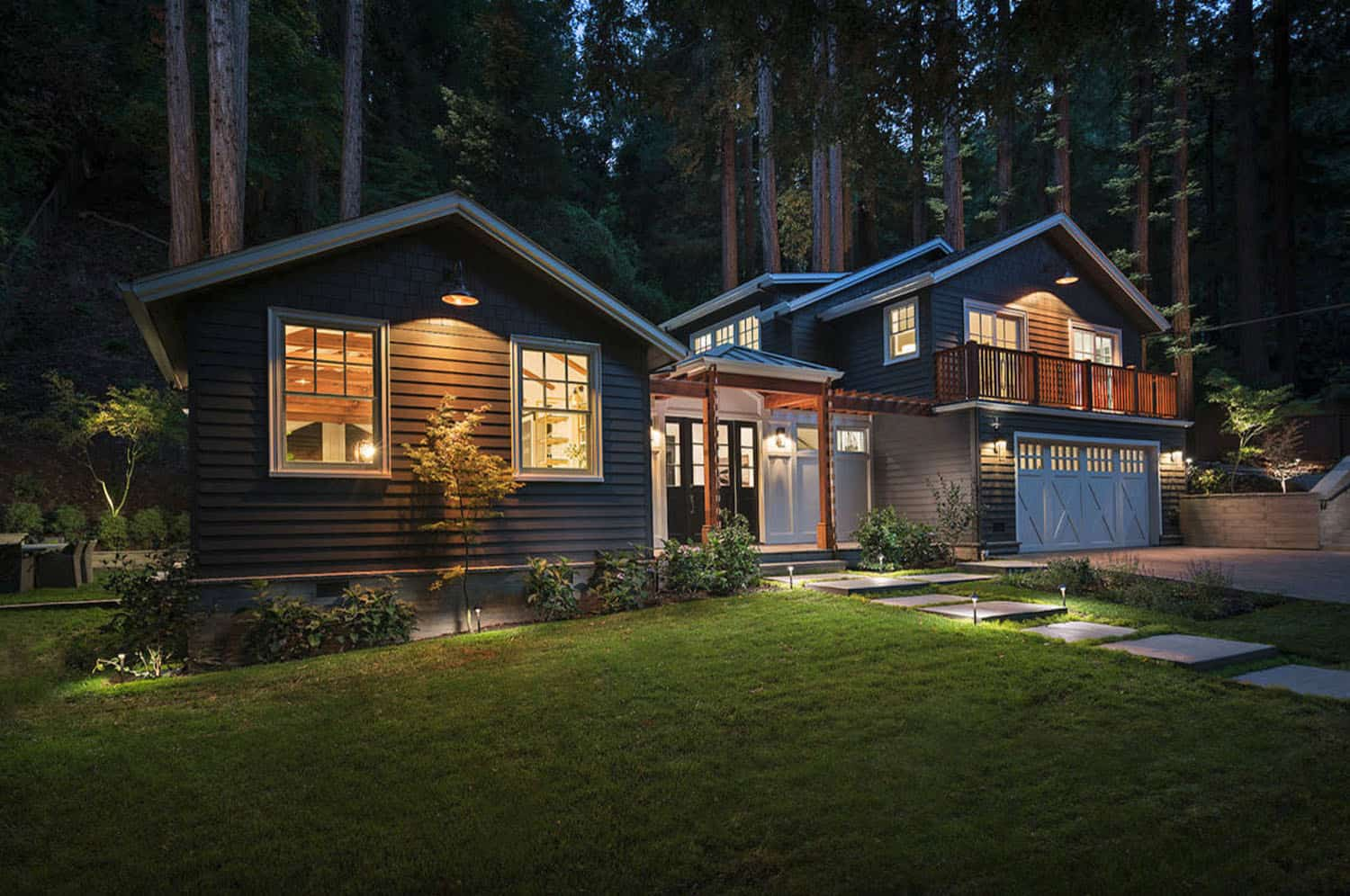 Transitional house exterior