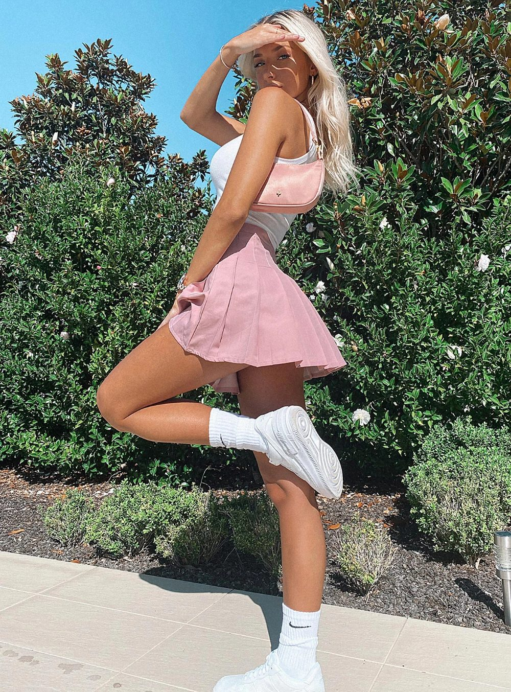 Pink tennis skirt outfits