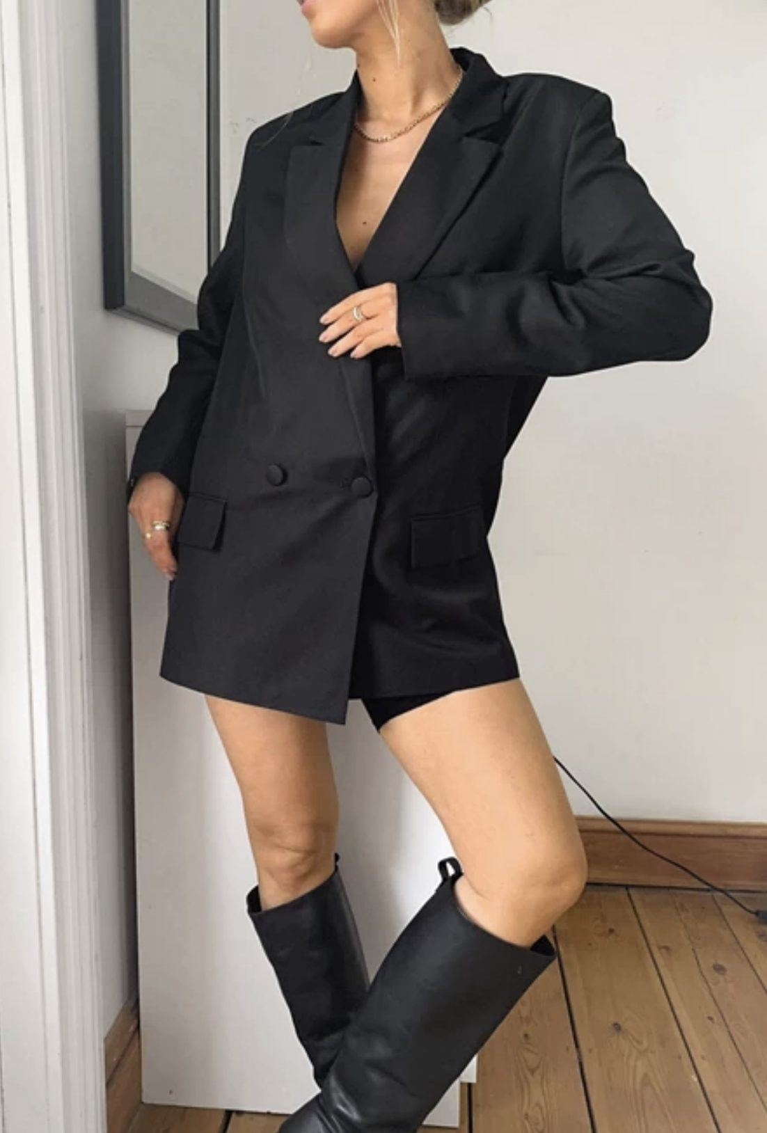 Oversized ideas in the style of a black blazer