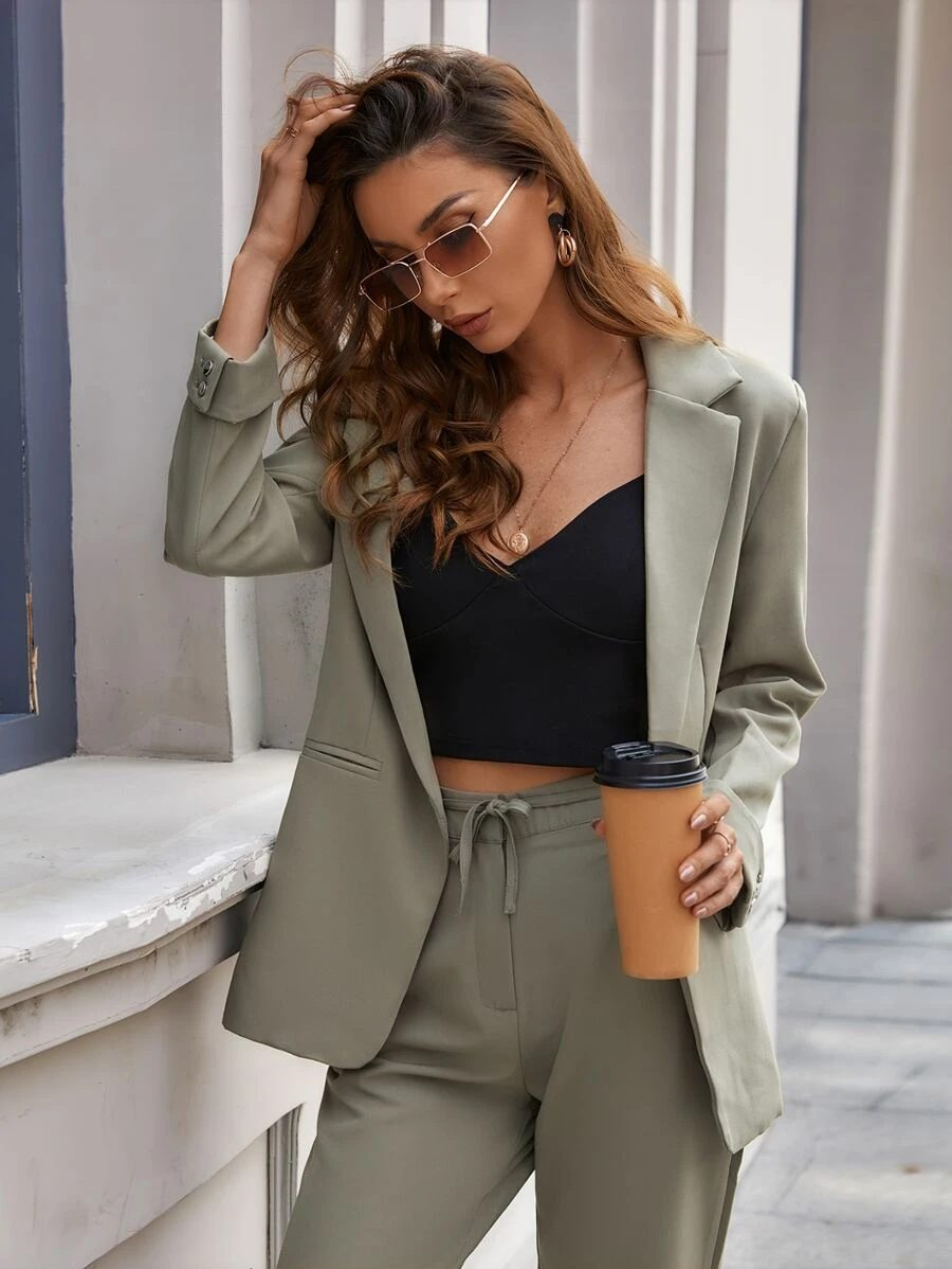 Blazer in khaki and olive green with matching trousers