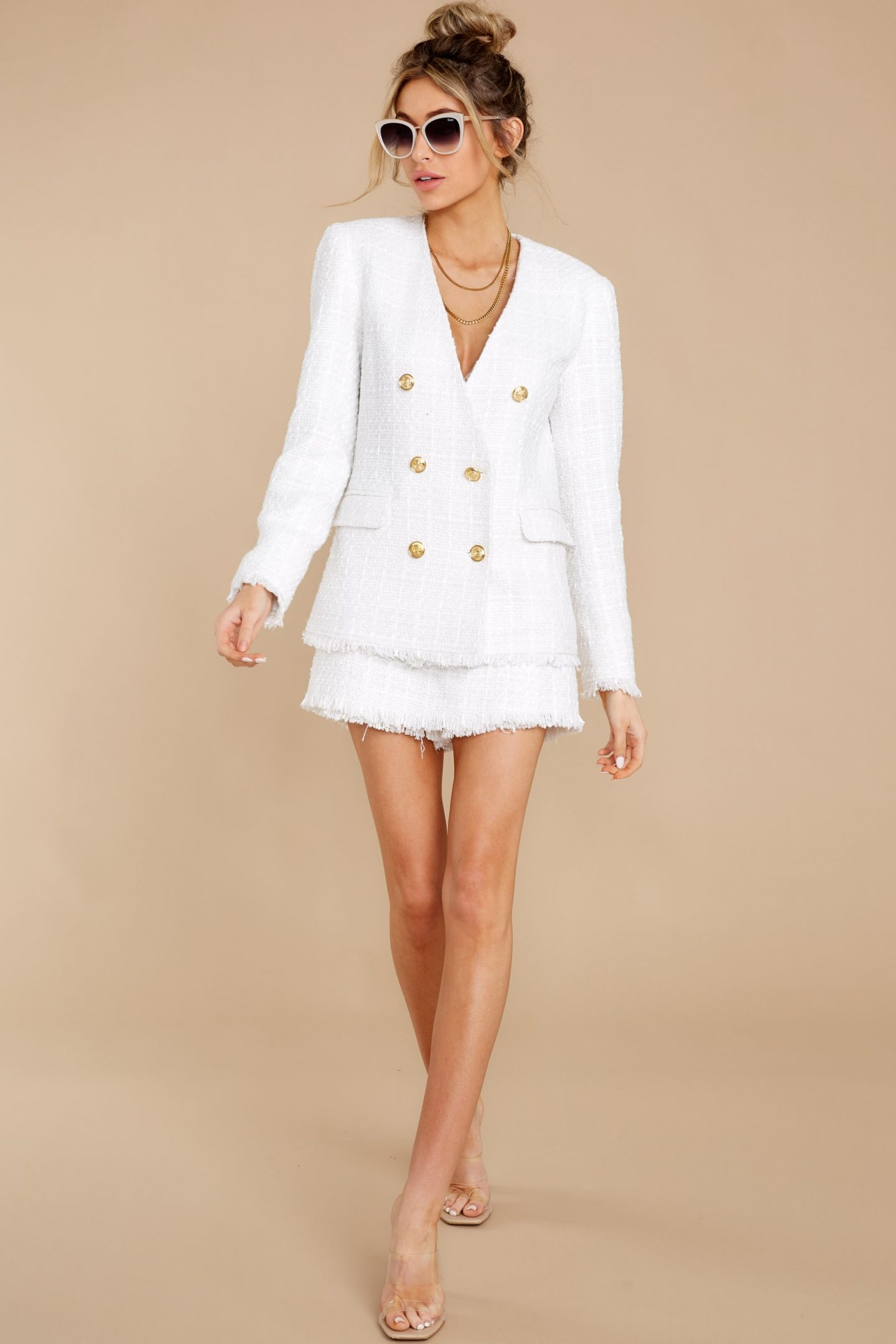 Compatible with white blazer and skirt