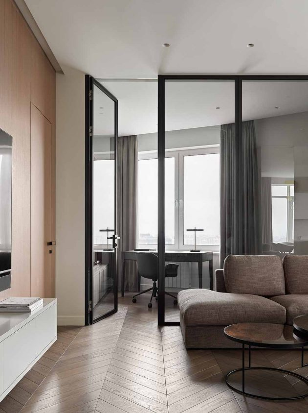 Aesthetic apartment with minimalist and natural touches