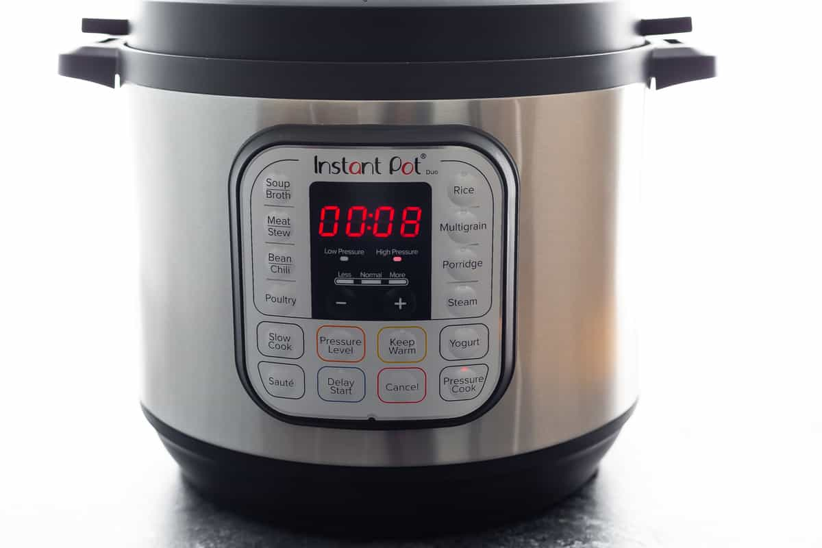 Instant Pot with 8 minute timer
