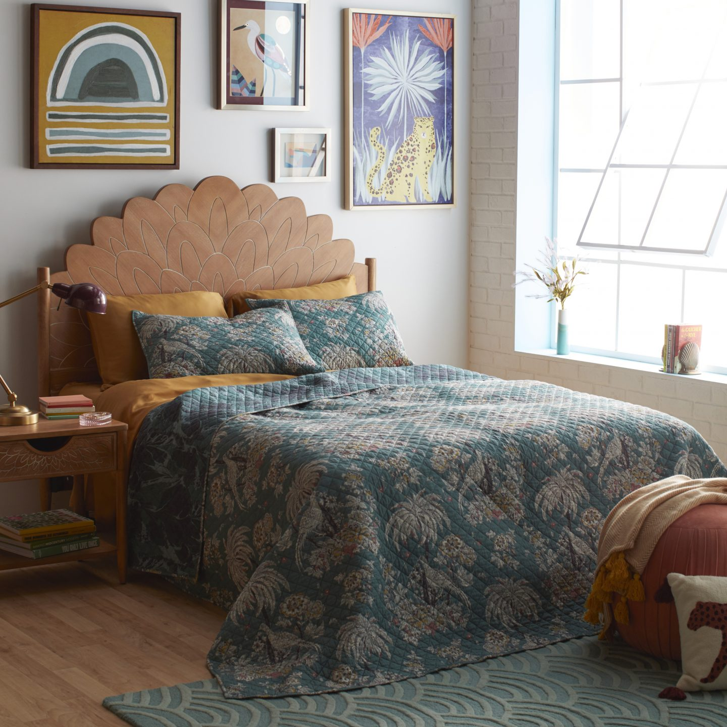 Affordable stores like the anthropology house: Drew Barrymore Flower Home