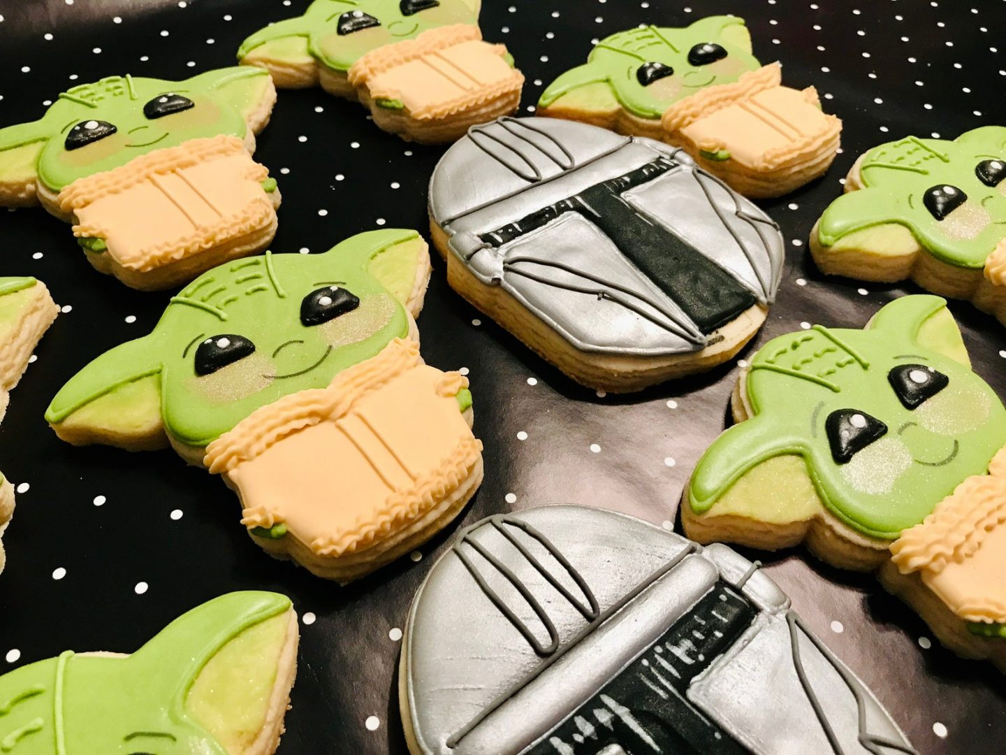 Baby Yoda decorated cookies