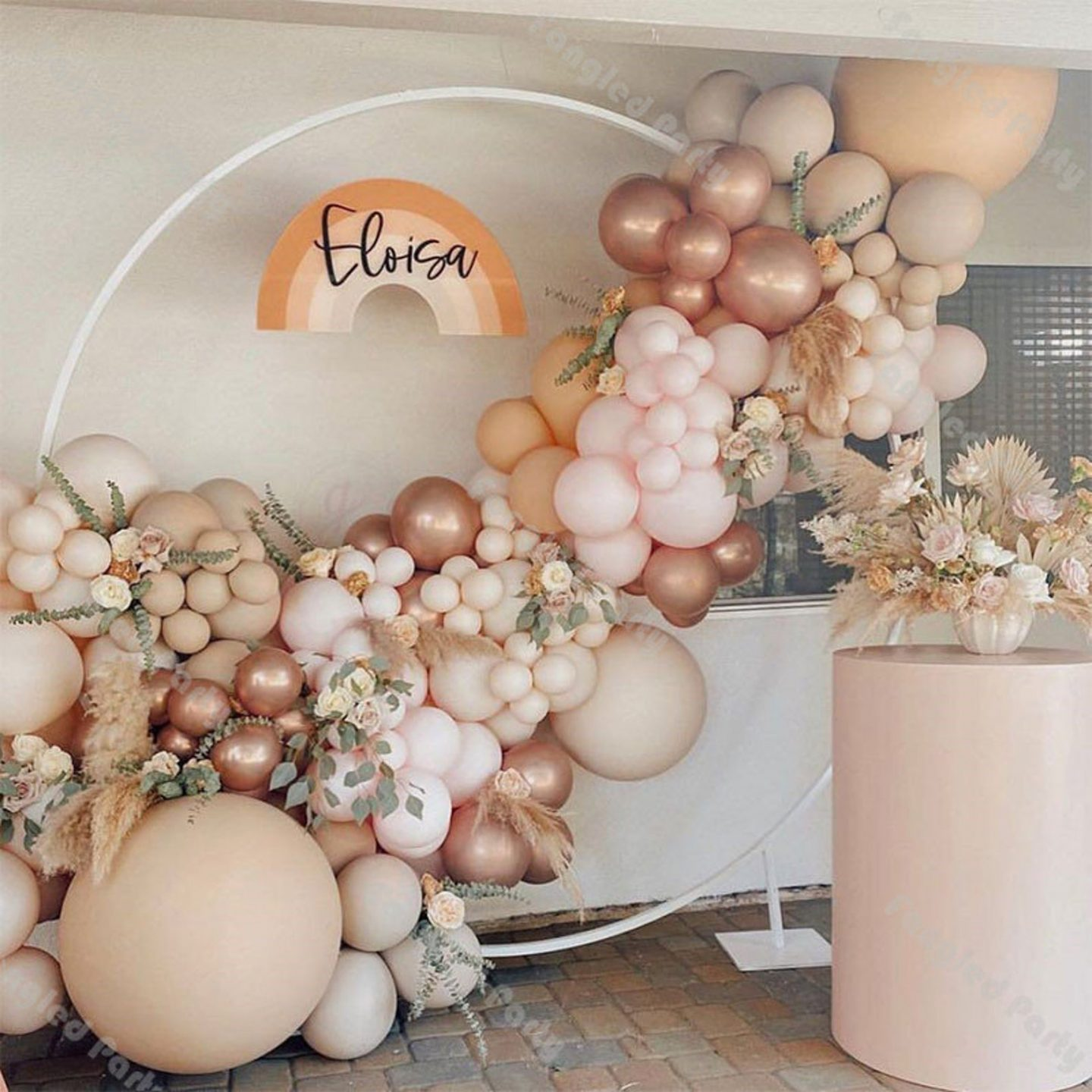 Balloon garland in cream, rose gold and pink