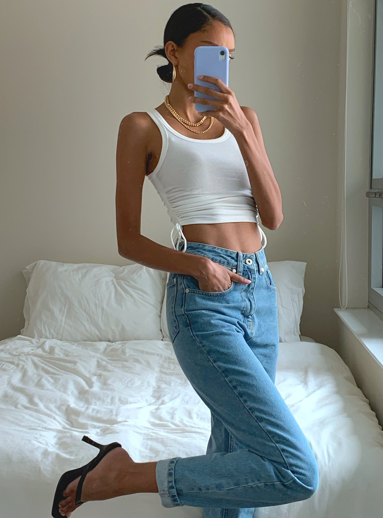 Cute casual mom jeans outfit with heels