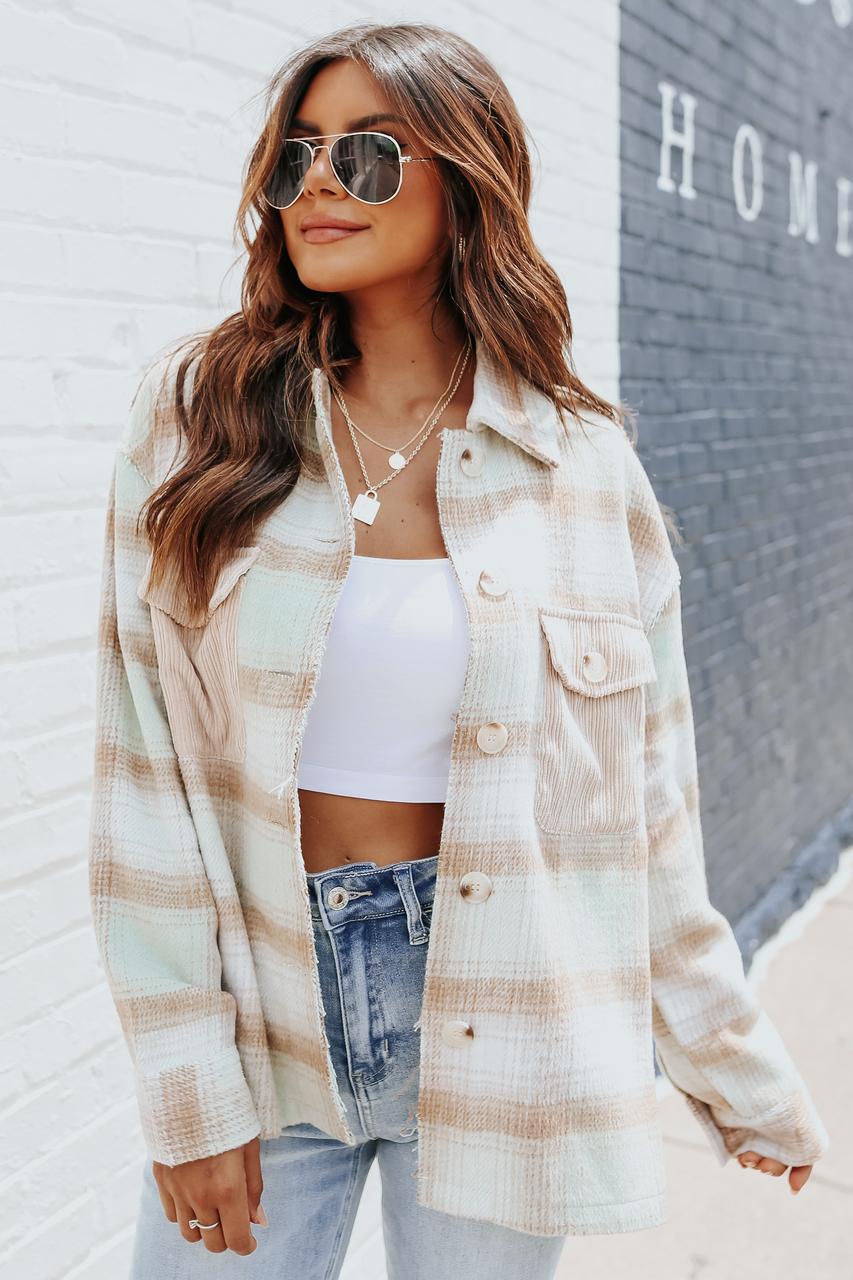 cute light float outfit for school