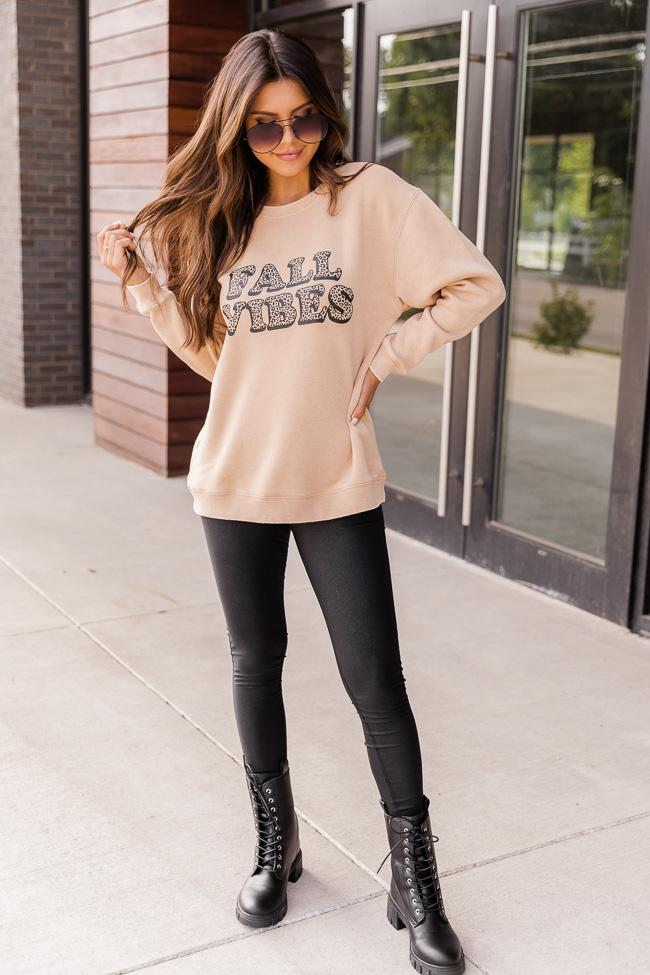 Basic autumn outfit with sweatshirt