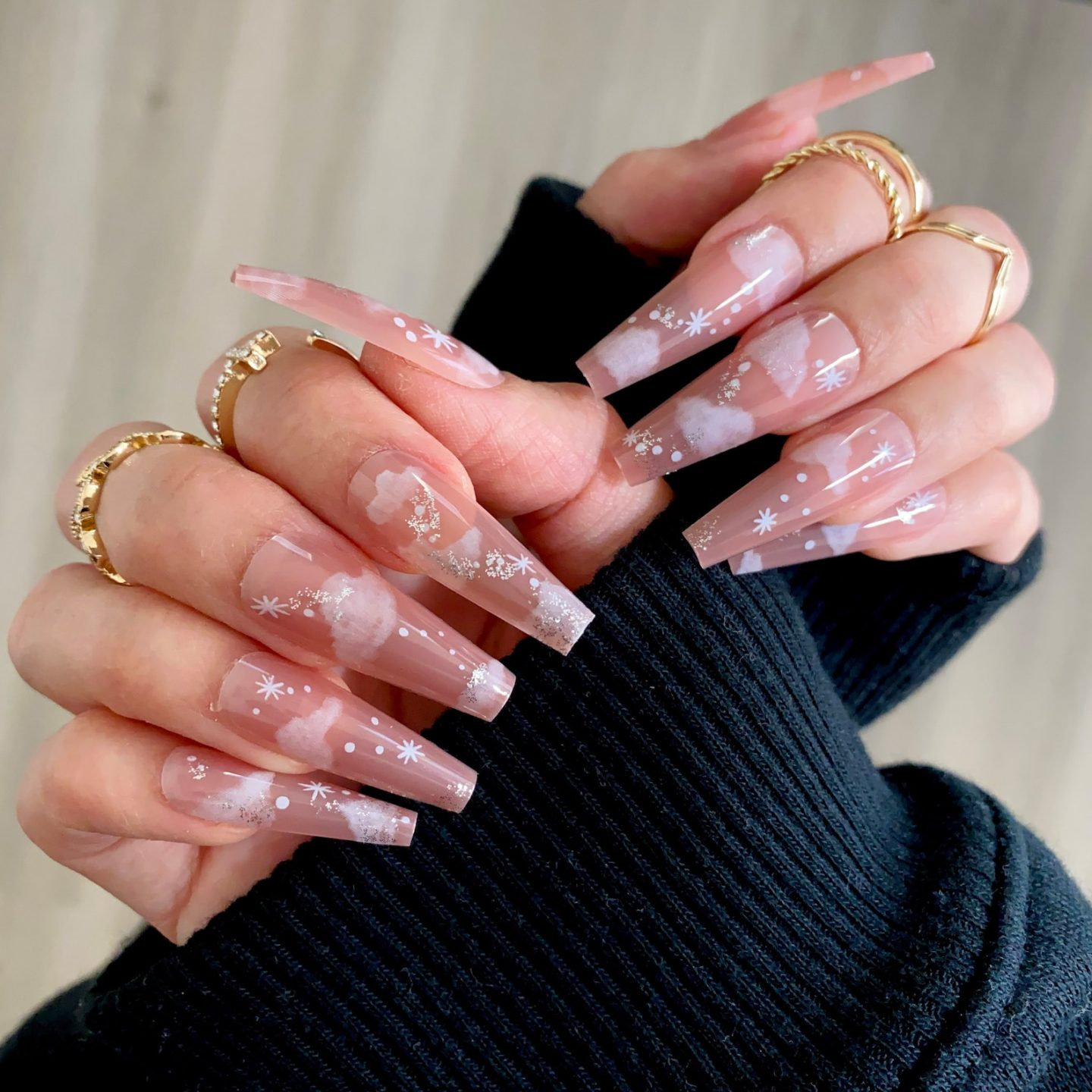 Coffin-shaped long nude cloud nails